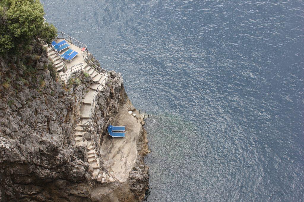 Prendere il sole in Costiera Amalfitana