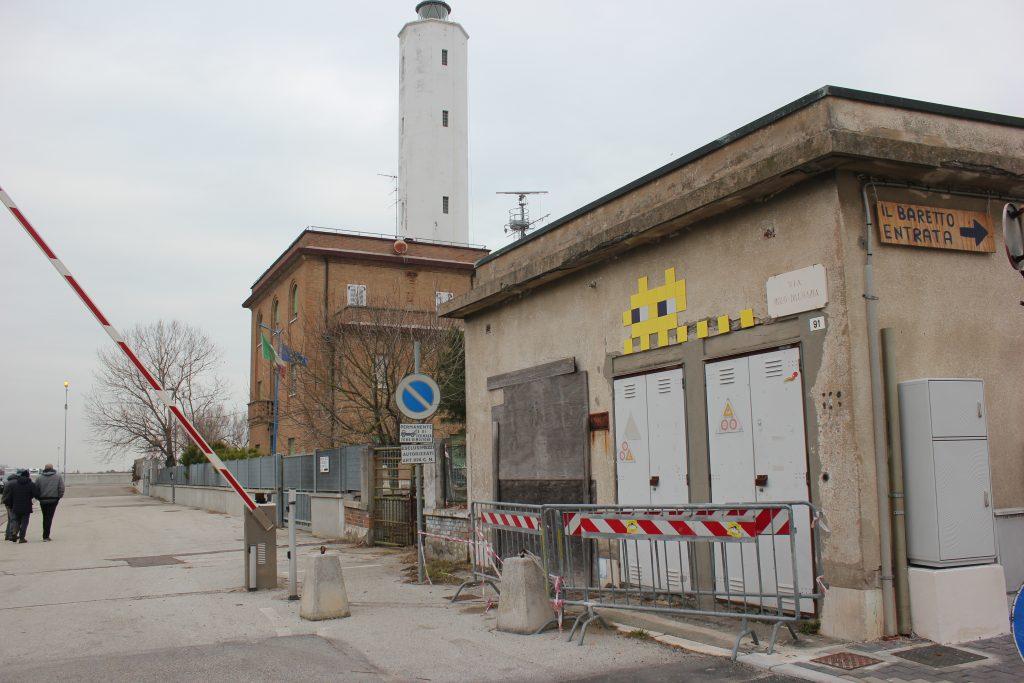 Invader a Marina di Ravenna